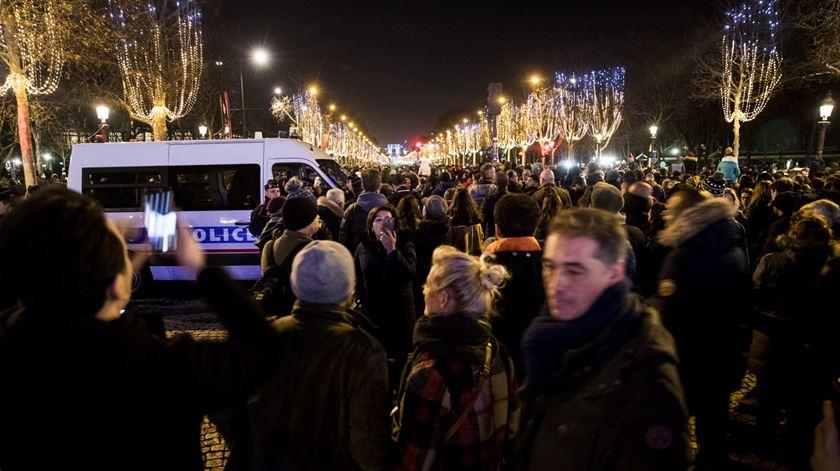 França. Segurança reforçada para a noite da passagem de ano