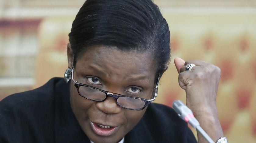 """Ministra da Justiça diz que momento """"não é ideal"""" para greve dos guardas prisionais"""