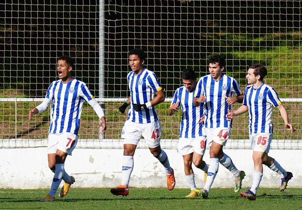 Francisco Conceição, à direita, tem brilhado na equipa B. Foto: Twitter do FC Porto
