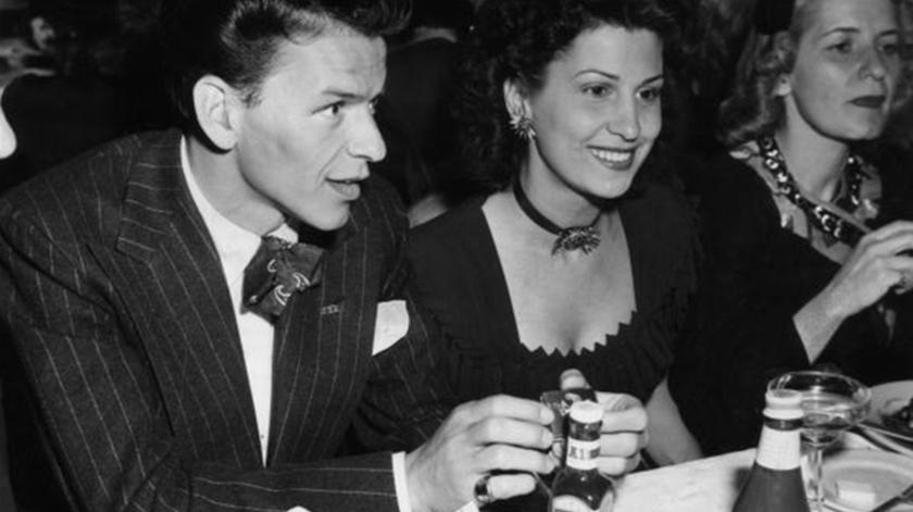 Frank Sinatra, um dos artistas de renome que passou pelo cinema de Santa Maria.
