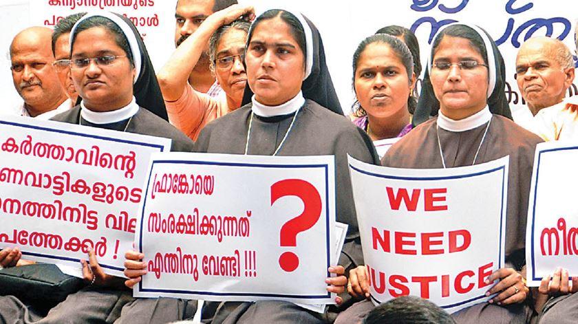 Freiras protestam contra bispo acusado de violar uma religiosa, em Kerala, na Índia. Foto: DR