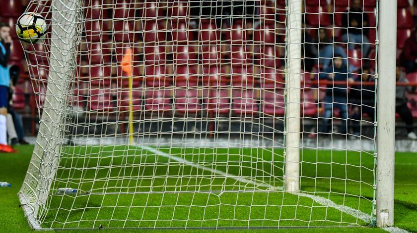 """Domingos Paciência admite equipas com """"falta de intensidade e confiança"""" no regresso da I Liga"""