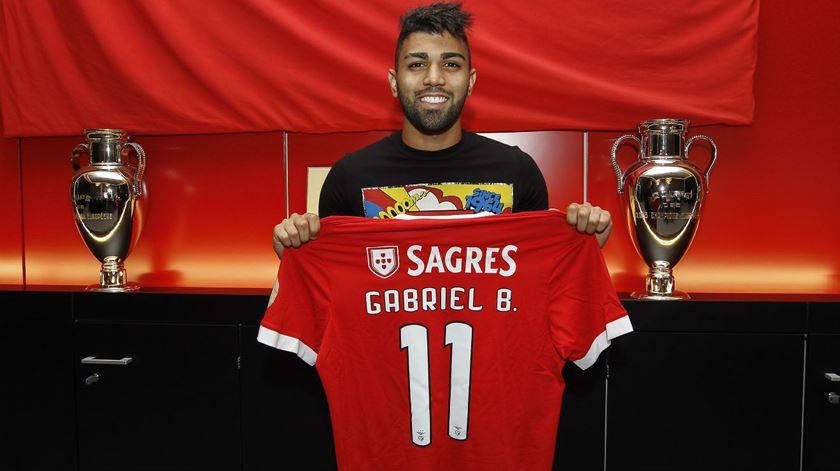 """Gabigol será o """"11"""", com Gabriel nas costas. Foto: SL Benfica"""