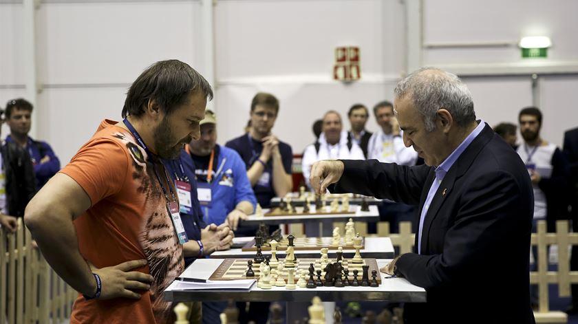 O dia do ano em que não deve desafiar Kasparov