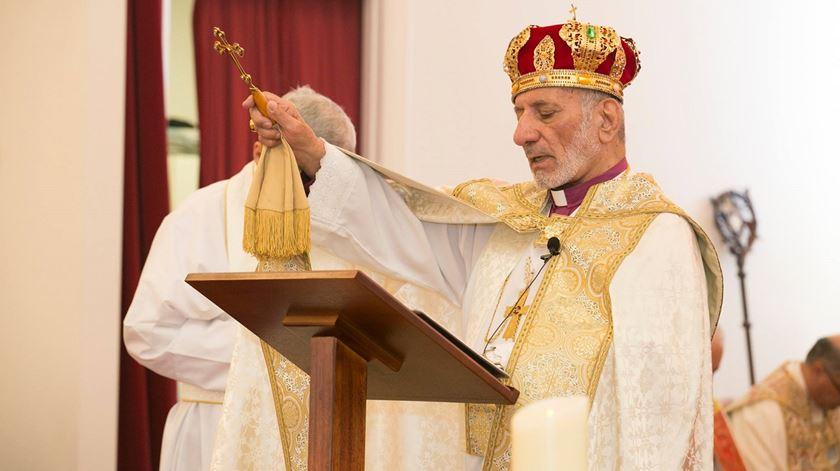 Líder da Igreja Assíria do Oriente resigna por motivos de saúde