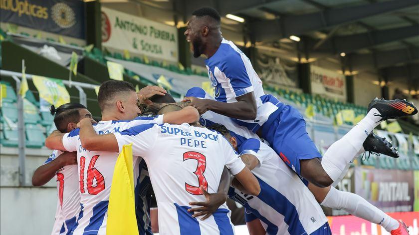 FC Porto vence em Tondela e fica a um passo do título