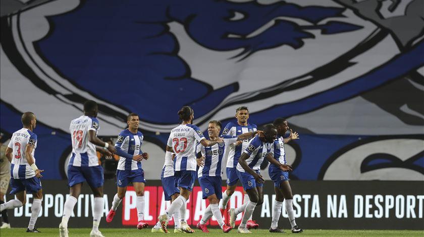 """Pedro Henriques. """"FC Porto pode tirar os moldes para as faixas"""""""