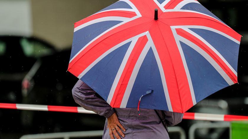 Governo britânico admite prolongar período de transição do Brexit para além de 2020