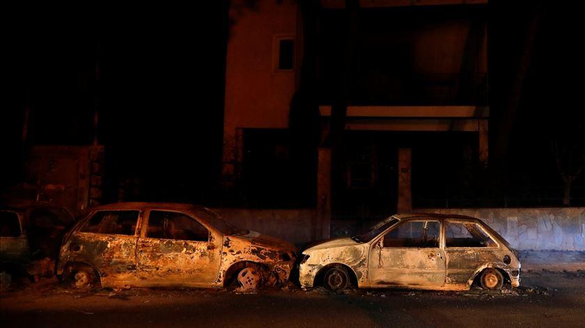 """As imagens do incêndio devastador na Grécia. """"Foi como um inferno"""""""