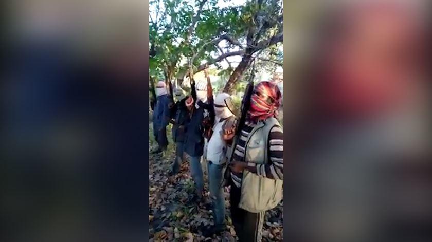 Alegado vídeo de recrutamento de um grupo terrorista islâmico em Moçambique