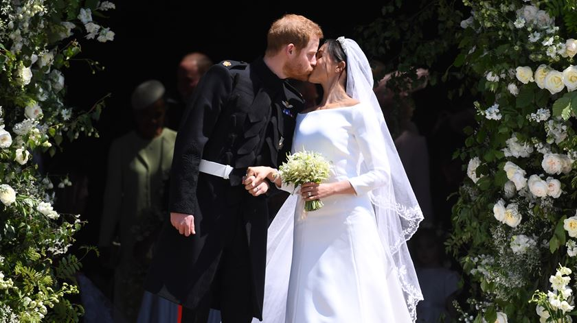 "O ""sim"" de Harry e Meghan teve gospel, Luther King e sotaque americano"