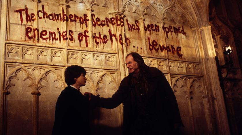 """""""Harry Potter e a Câmara dos Segredos"""", o filme-concerto"""