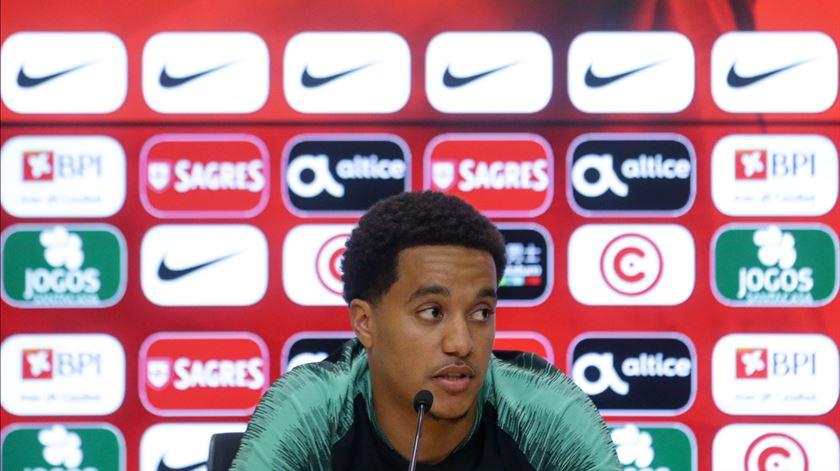"""""""Hélder Costa aproveitou a oportunidade e vai continuar na convocatória"""", diz antigo treinador"""