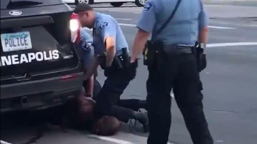 George Floyd foi morto por asfixia pela polícia, em Minneapolis. Foto: Twitter