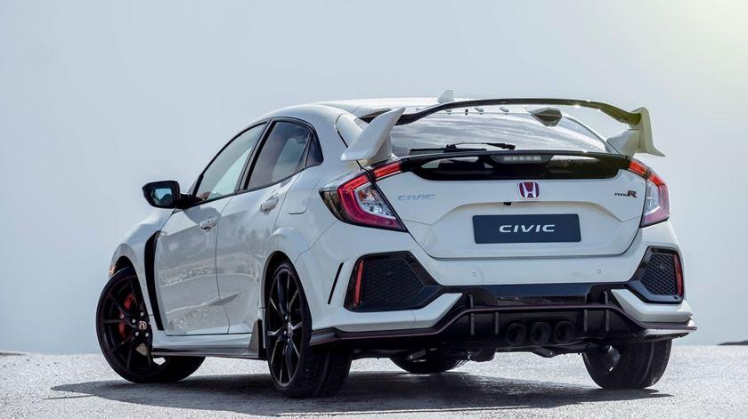 Honda Civic Type R – Pura essência desportiva