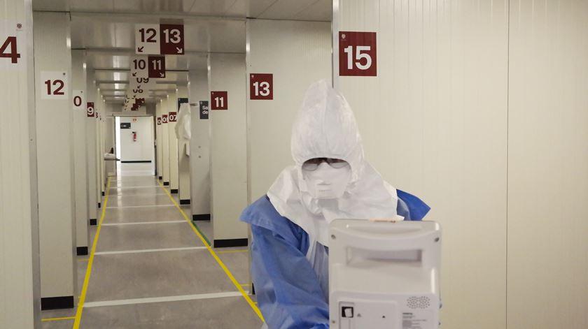 Diretor de Infeciologia do S. João admite estudo sobre sequelas em recuperados