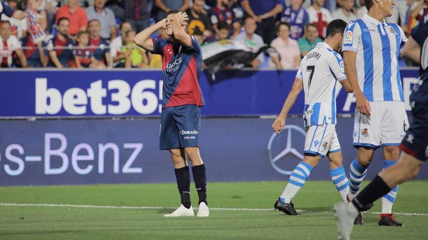 Huesca perde contra Real Sociedad reduzido a nove