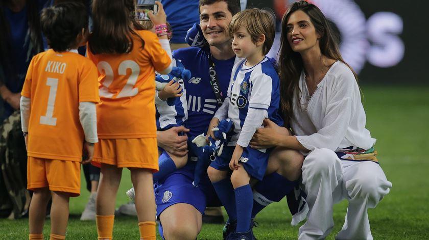 Casal Casillas lamenta saída de Ronaldo para a Juventus. Foto: Manuel Fernando Araújo/Lusa
