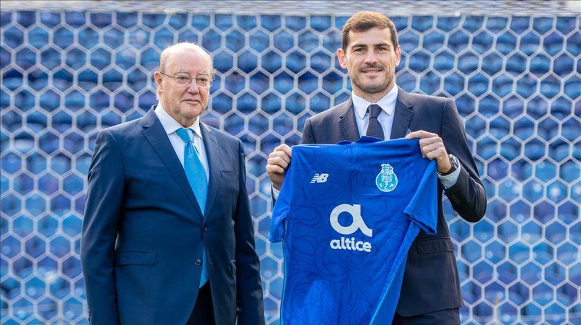 FC Porto felicita Casillas por candidatura à Federação Espanhola de Futebol