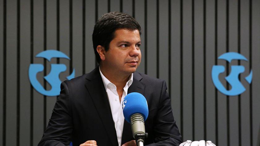 """Nuno Botelho: """"Ferro Rodrigues foi o histérico da semana """""""
