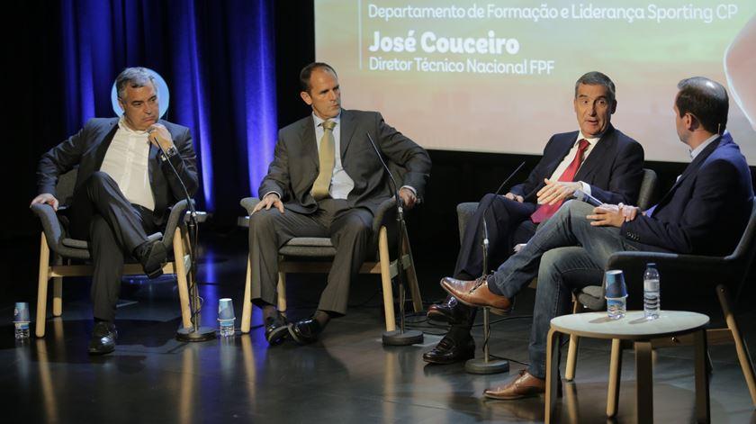 Couceiro assume desilusão pela eliminação precoce do Mundial sub-20