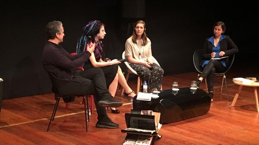 José Luis Peixoto, Sofi Oksanen e Elanor Catton. Foto: Maria João Costa/RR