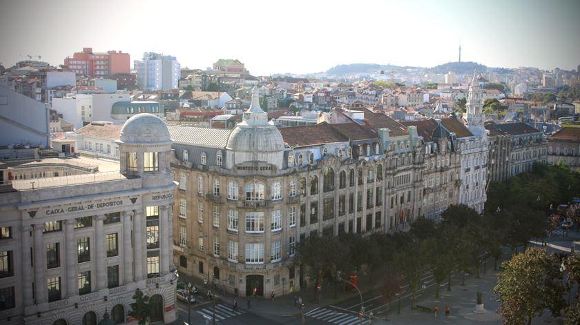 """Aliados vão tornar-se na """"Avenida da Liberdade do Porto""""? Consultora imobiliária diz que sim"""