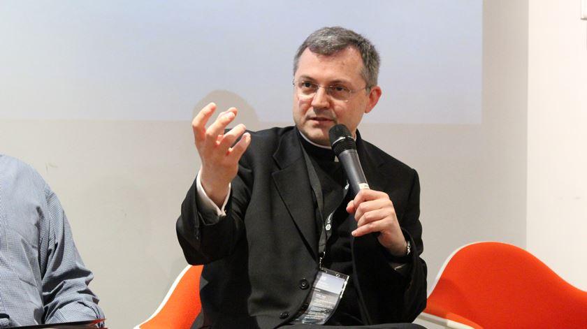 Monsenhor Tomasz Trafny, responsável do Departamento Ciência e Fé Vaticano Conselho Pontifício para a Cultura. Foto: IT People Group