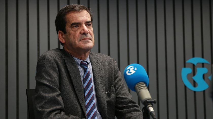 PS e PSD só querem regionalização quando não estão no poder, acusa Rui Moreira