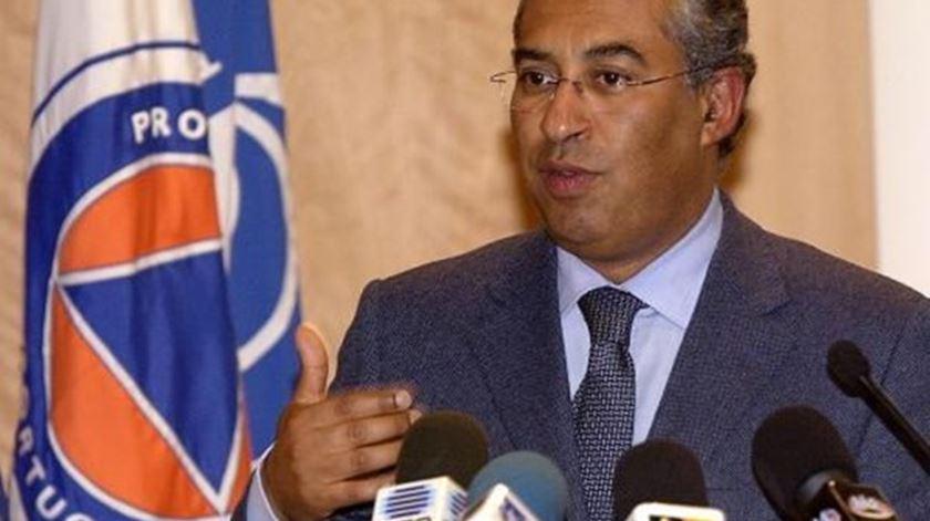 António Costa, ministro da Administração Interna, em 2006. Foto: Luís Forra/Lusa