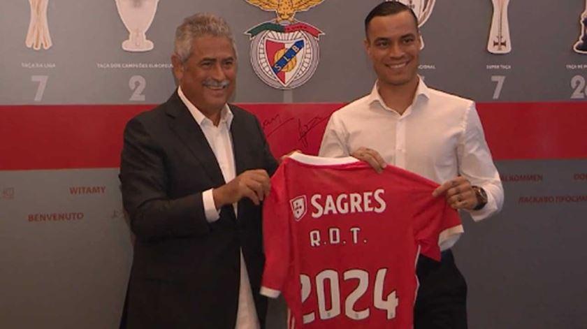 Para Domingos Paciência, o Benfica está na liderança do mercado