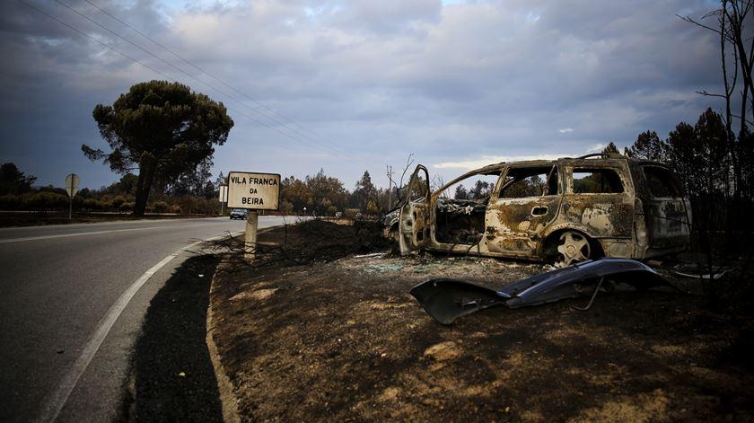 Vila Franca da Beira, freguesia de Oliveira do Hospital, foi uma das afectadas pelo fogo. Foto: Joana Bourgard/RR