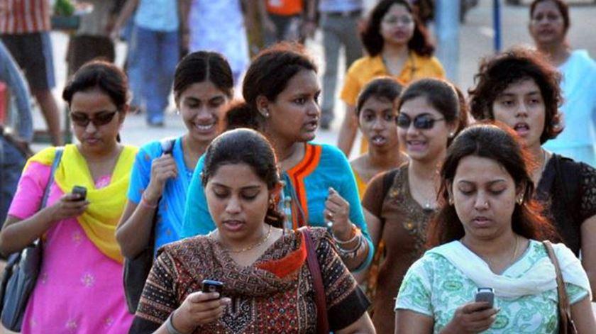 A Índia tem smartphones a 20 dólares e tem 420 milhões de utilizadores de internet