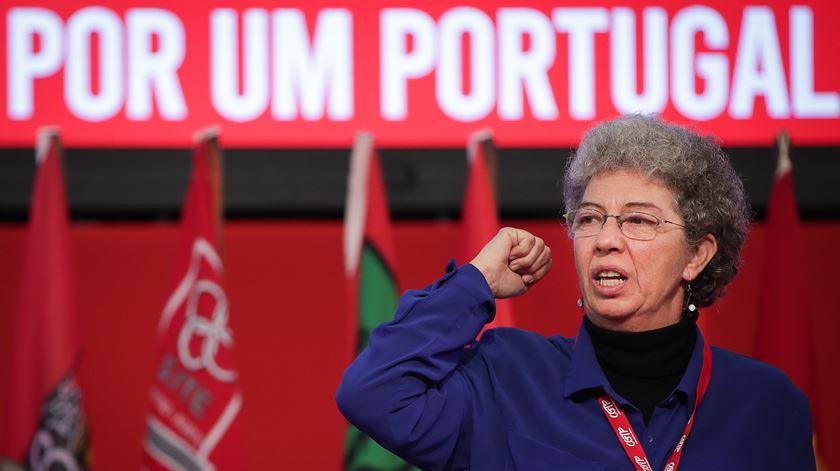 Isabel Camarinha eleita secretária-geral da CGTP