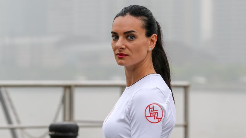 "Isinbayeva classifica como ""assassina"" exclusão da Rússia das grandes competições"
