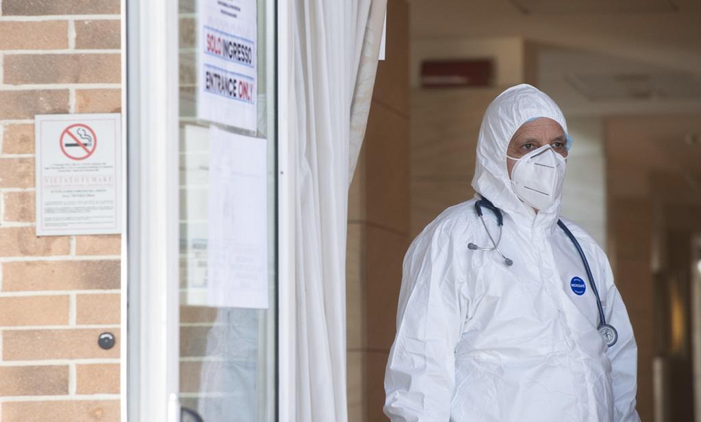 Itália a atravessar novamente uma subida drástica de casos de Covid-19. Foto: Claudio Peri/EPA