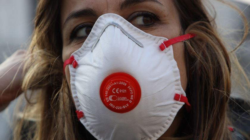 Covid-19. Europol deteta burla de milhões em venda de máscaras para a Alemanha