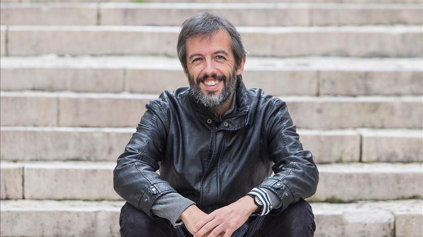 """Entrevista a Jacinto Lucas Pires. """"O lugar da literatura é cada vez mais difícil e de resistência"""""""