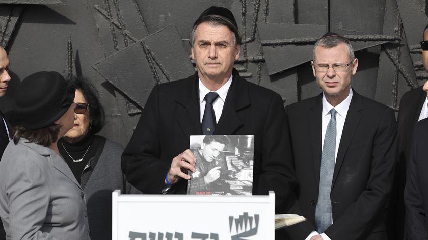 """Bolsonaro não tem dúvidas: nazismo foi um regime """"de esquerda"""""""