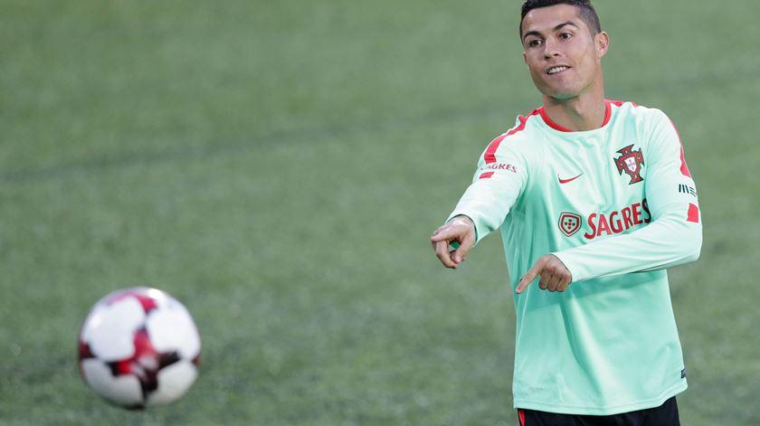 Ronaldo volta a treinar com a seleção nacional. Foto: José Coelho/Lusa