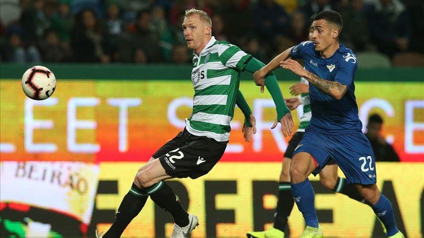 Mathieu quer terminar a época em beleza. Foto: Facebook da Liga Portugal