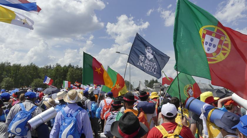 Portugueses a caminho do Panamá para o encontro com Francisco