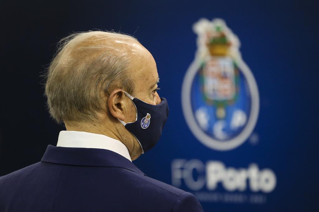 Presidente do FC Porto lamenta morte de Alfredo Quintana. Foto: José Coelho/Lusa
