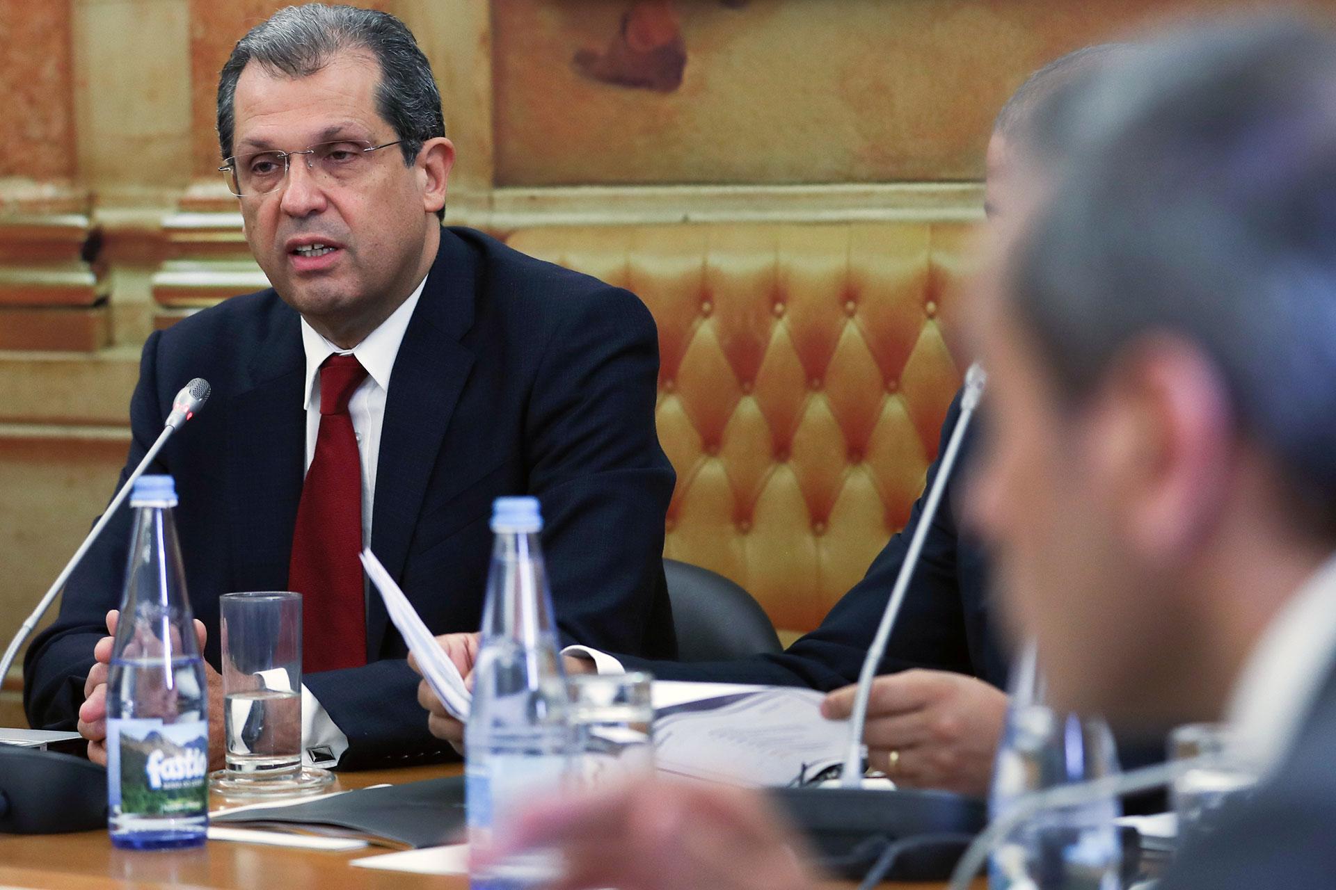 João Cadete de Matos, o atual presidente da ANACOM, está sob fogo cruzado por causa do 5G