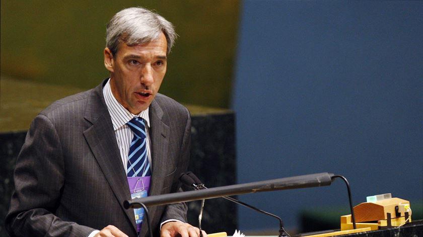 António Costa substitui quatro ministros. Saúde, Cultura e Economia acompanham Defesa