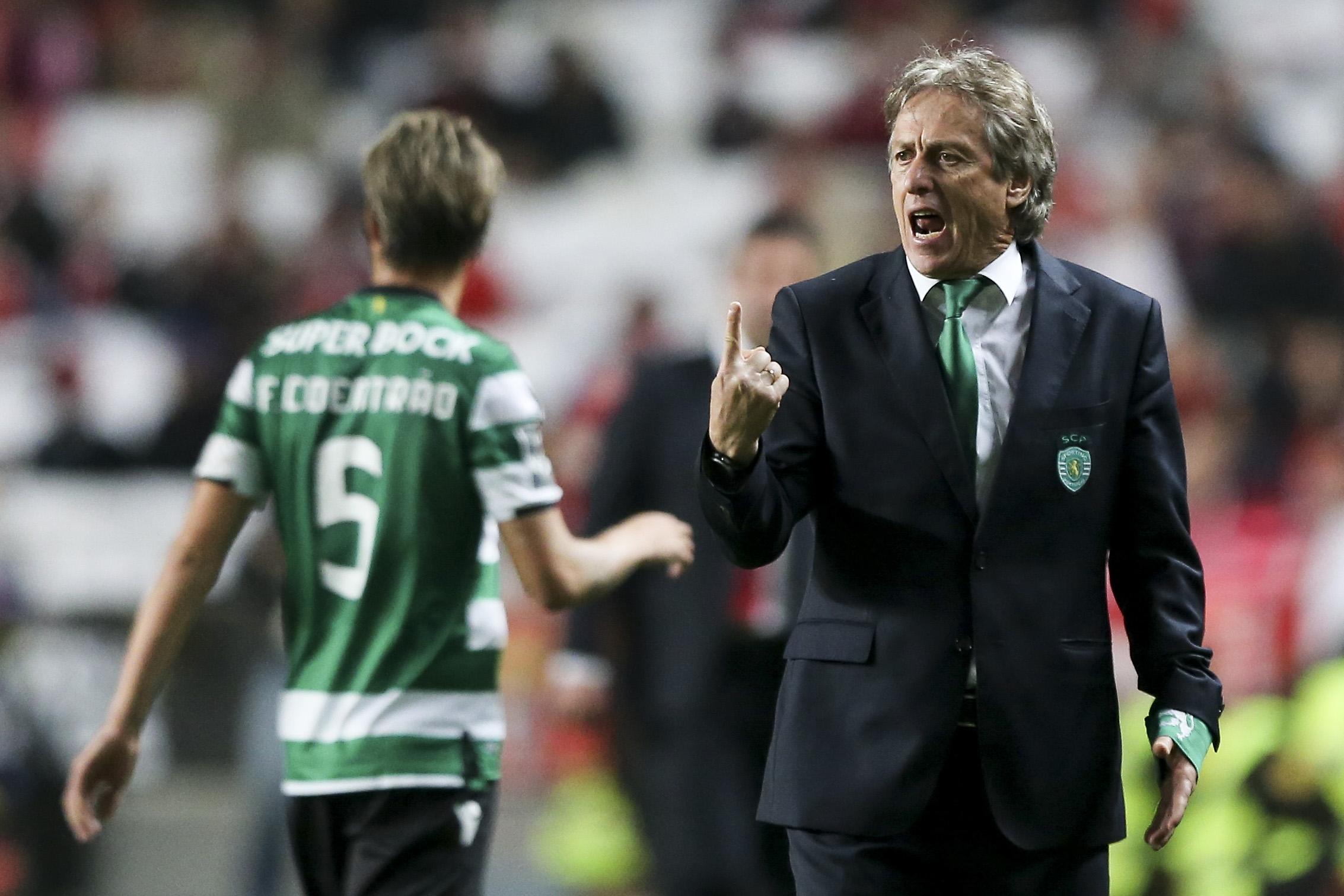 Eis os onzes oficiais — Benfica-Sporting