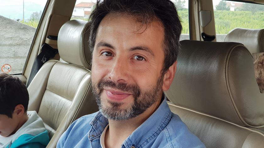 """Jorge Teixeira, pai de uma aluna, considera que o colégio de Poiares """"tem que ser visto como um caso raro e único neste país""""."""