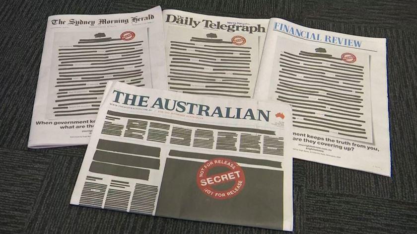 """Jornais """"censuram"""" primeira página em protesto contra as rígidas leis de sigilo"""
