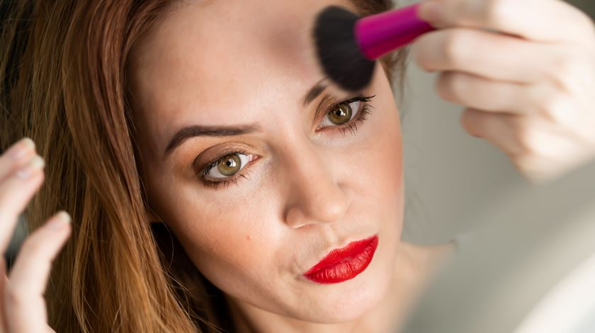 Produtos cosméticos podem ter até 90% de microplásticos