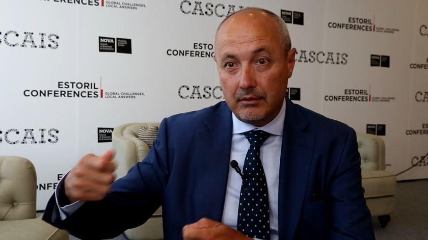 Europa vai poder forçar países a serem solidários, diz director do Gabinete de Apoio ao Asilo